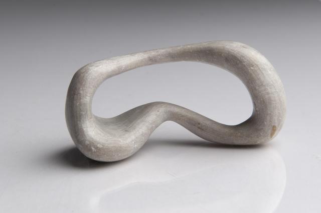 plastik vollplastik plastiken und skulpturen aus stein. Black Bedroom Furniture Sets. Home Design Ideas
